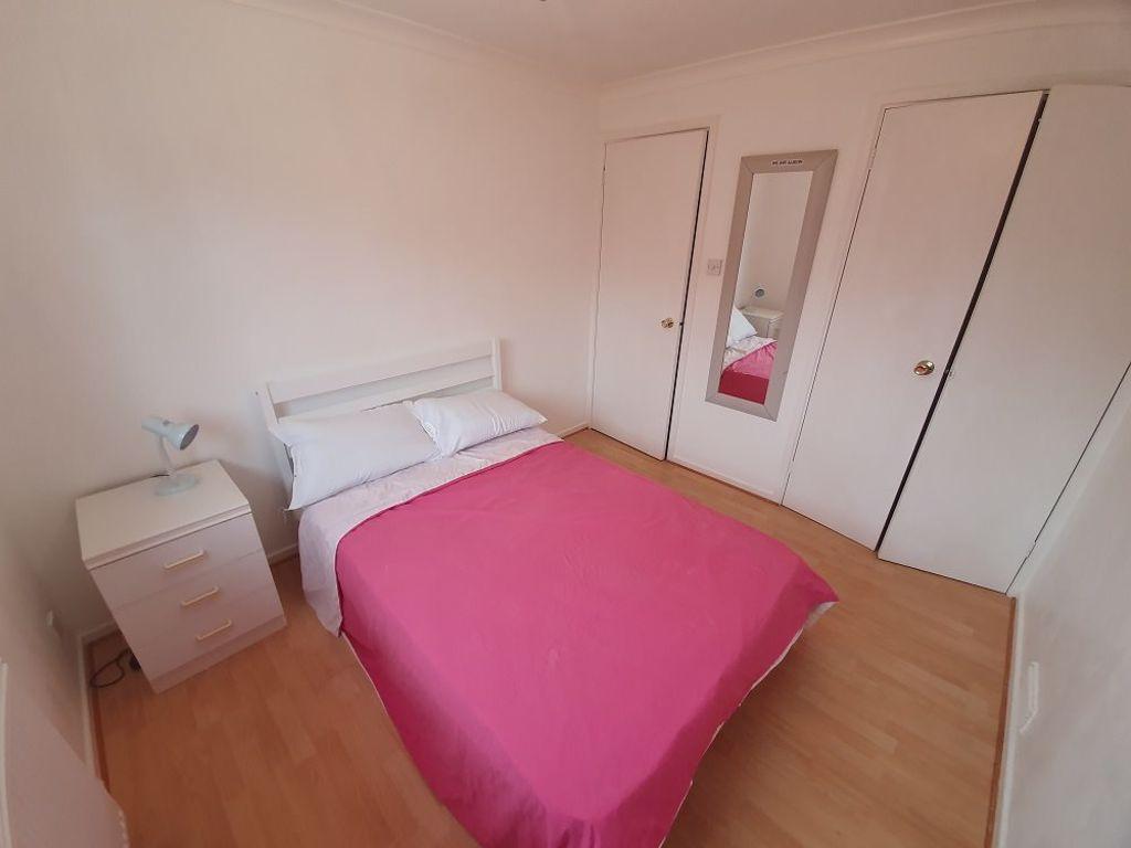 1 bed  to rent in Halesowen, 4