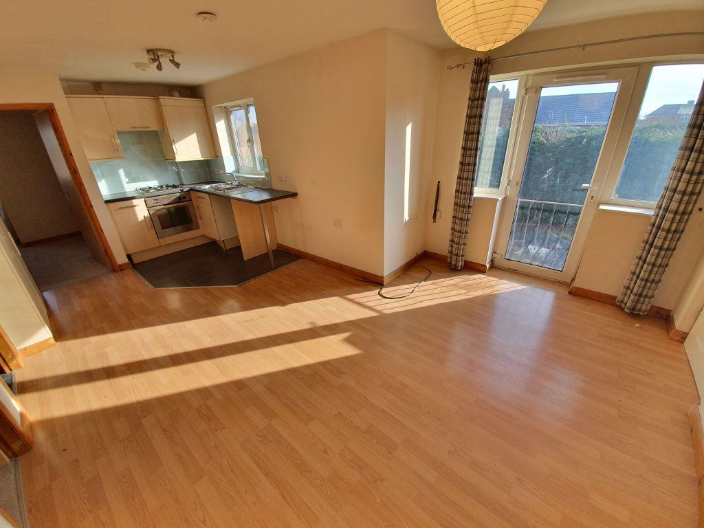 2 bed  to rent in Edwin Crescent, 2