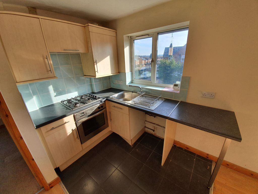 2 bed  to rent in Edwin Crescent, 4
