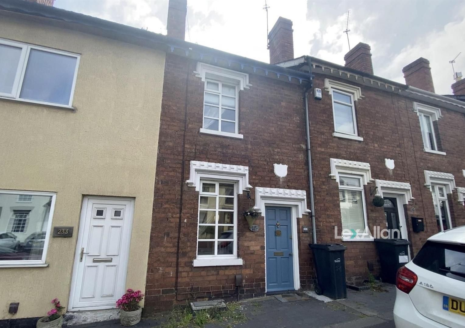 2 bed terraced for sale in Wollaston, DY8