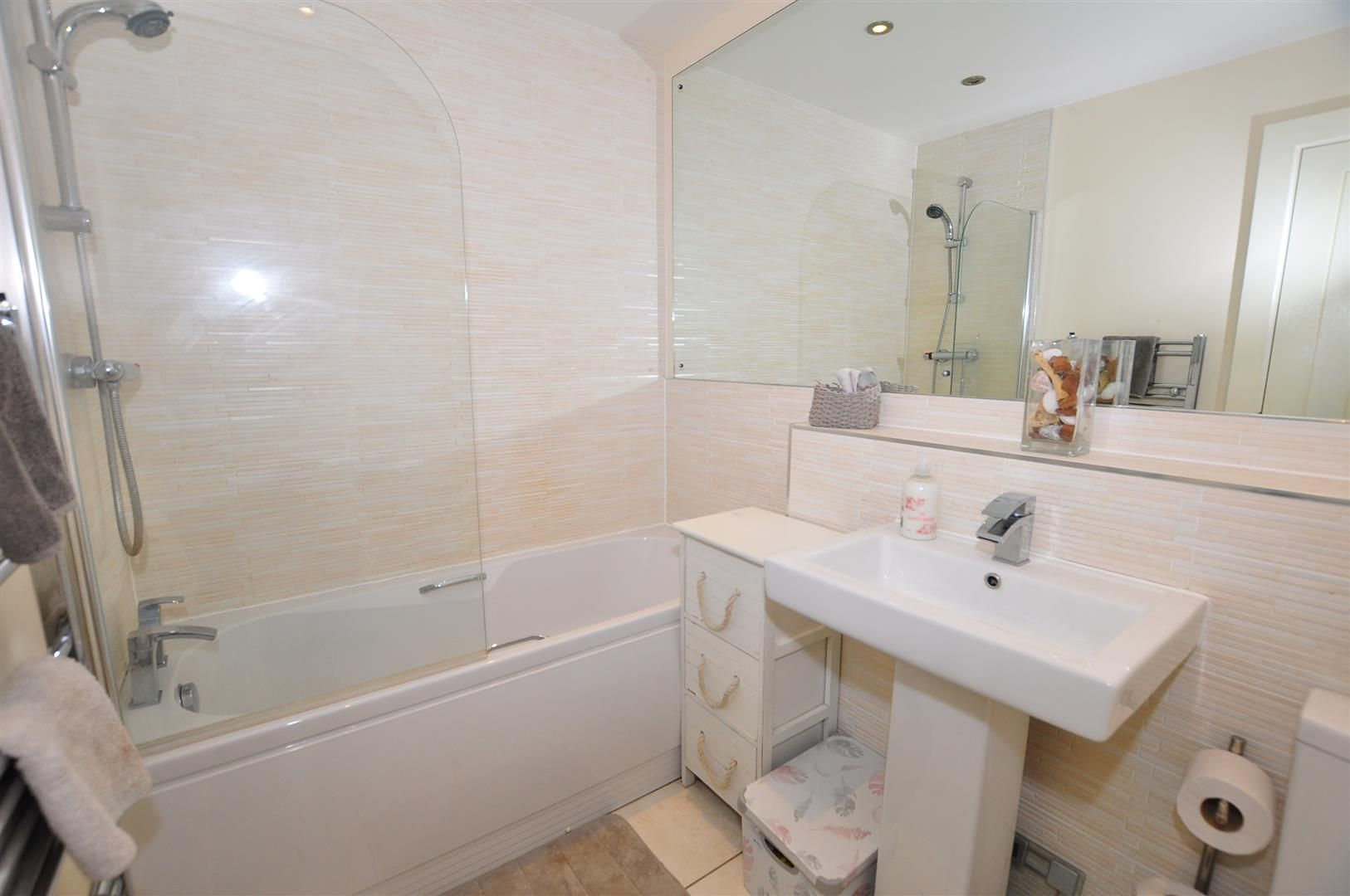 2 bed semi-detached for sale  - Property Image 13