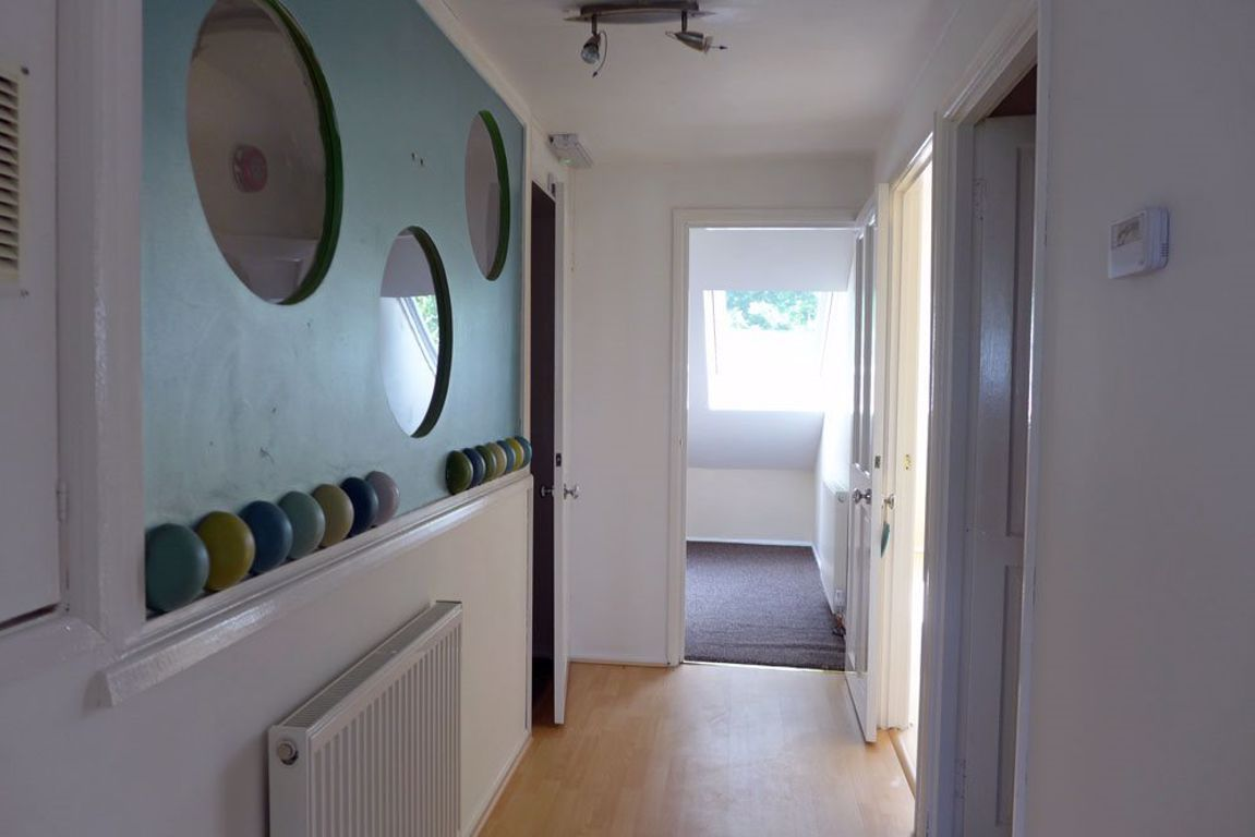 2 bed  to rent 5