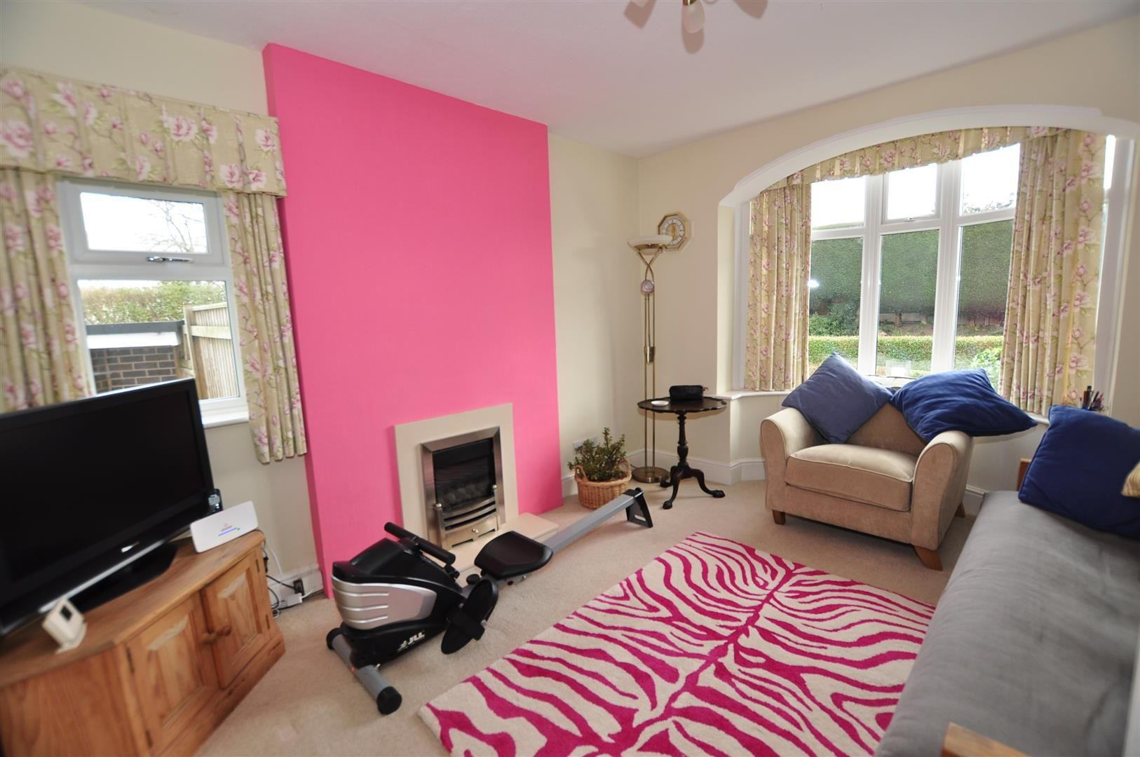 4 bed detached for sale in Hagley 5
