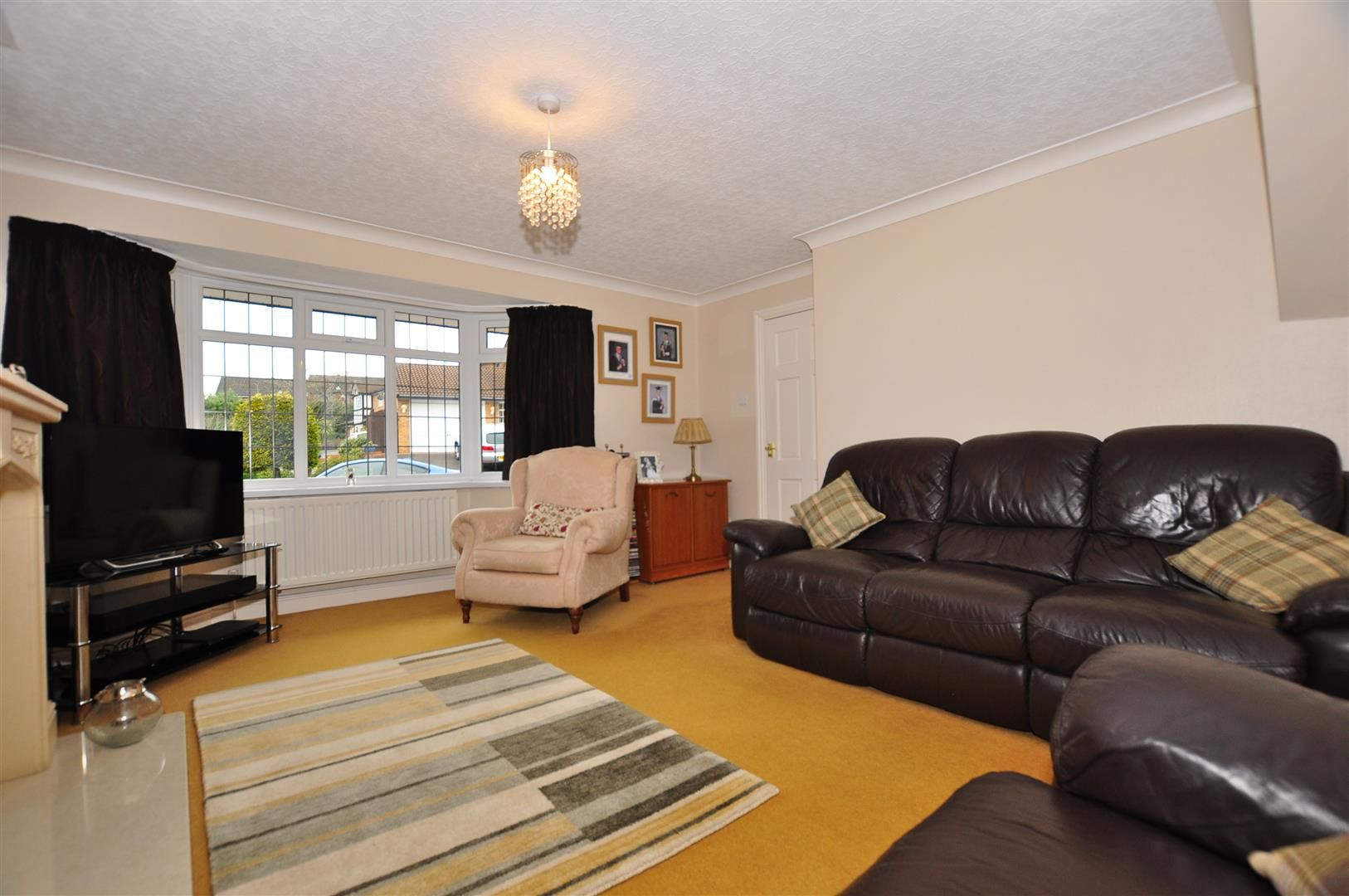 4 bed detached for sale  - Property Image 4
