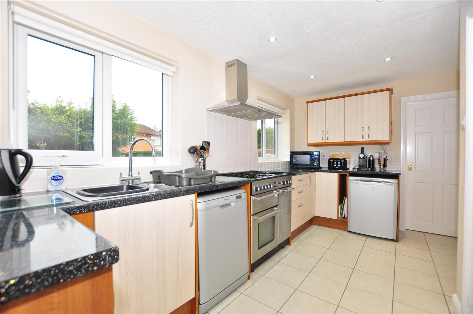 4 bed detached for sale  - Property Image 9