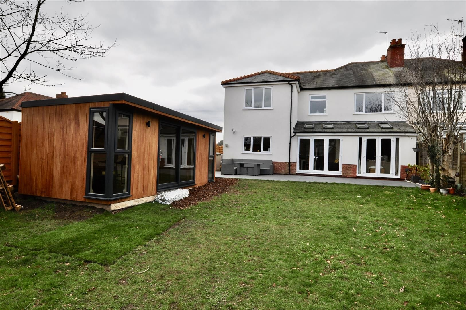 4 bed semi-detached for sale  - Property Image 21