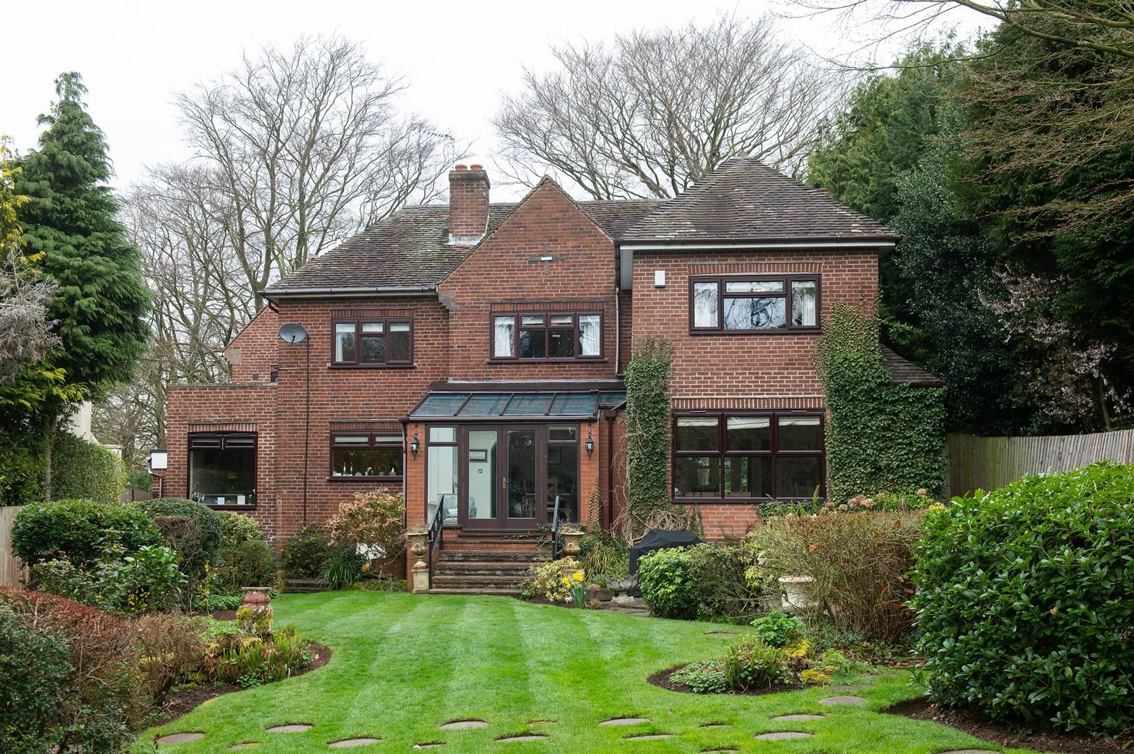 5 bed detached for sale in Hagley 28