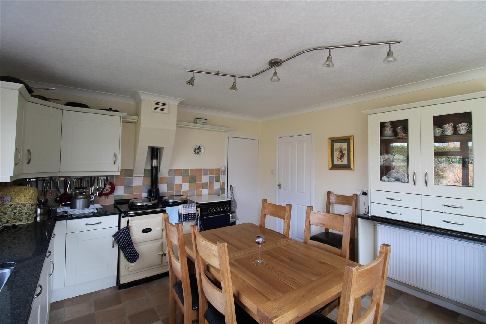 3 bed detached-bungalow for sale  - Property Image 11