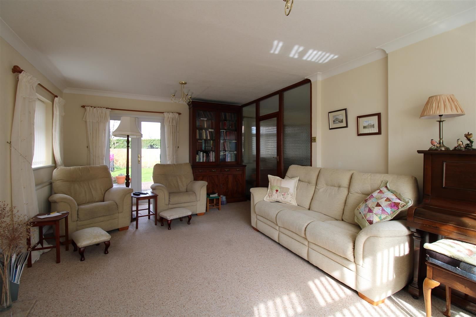 3 bed detached-bungalow for sale  - Property Image 6