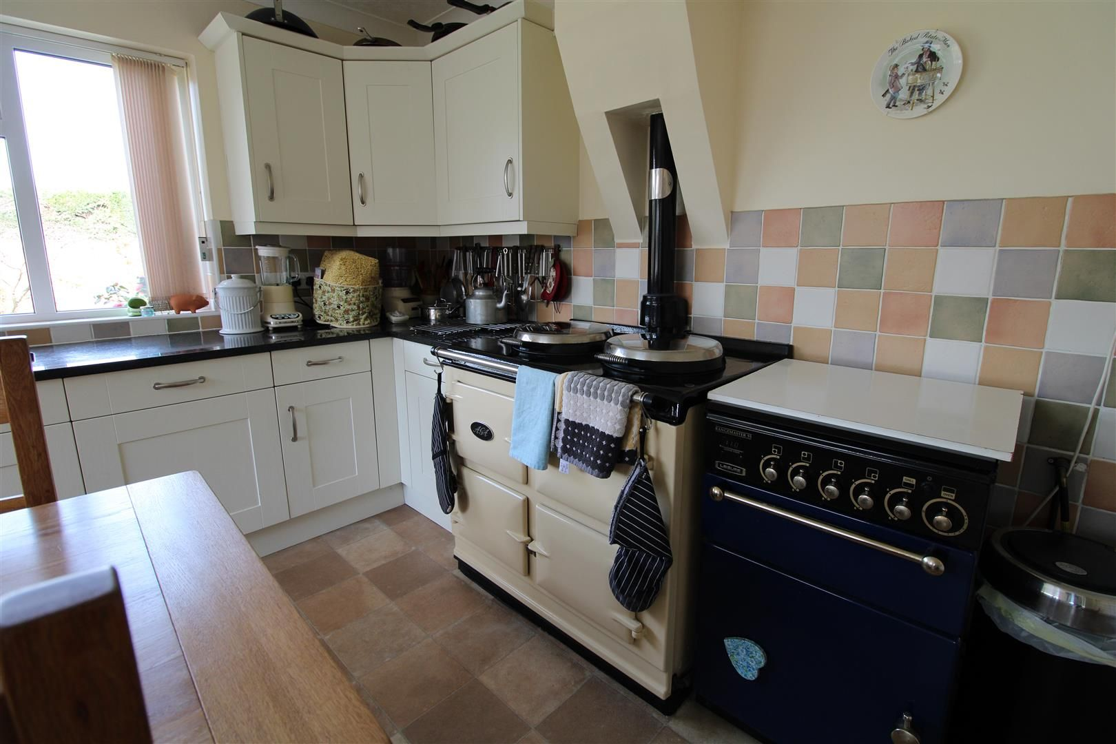 3 bed detached-bungalow for sale  - Property Image 10