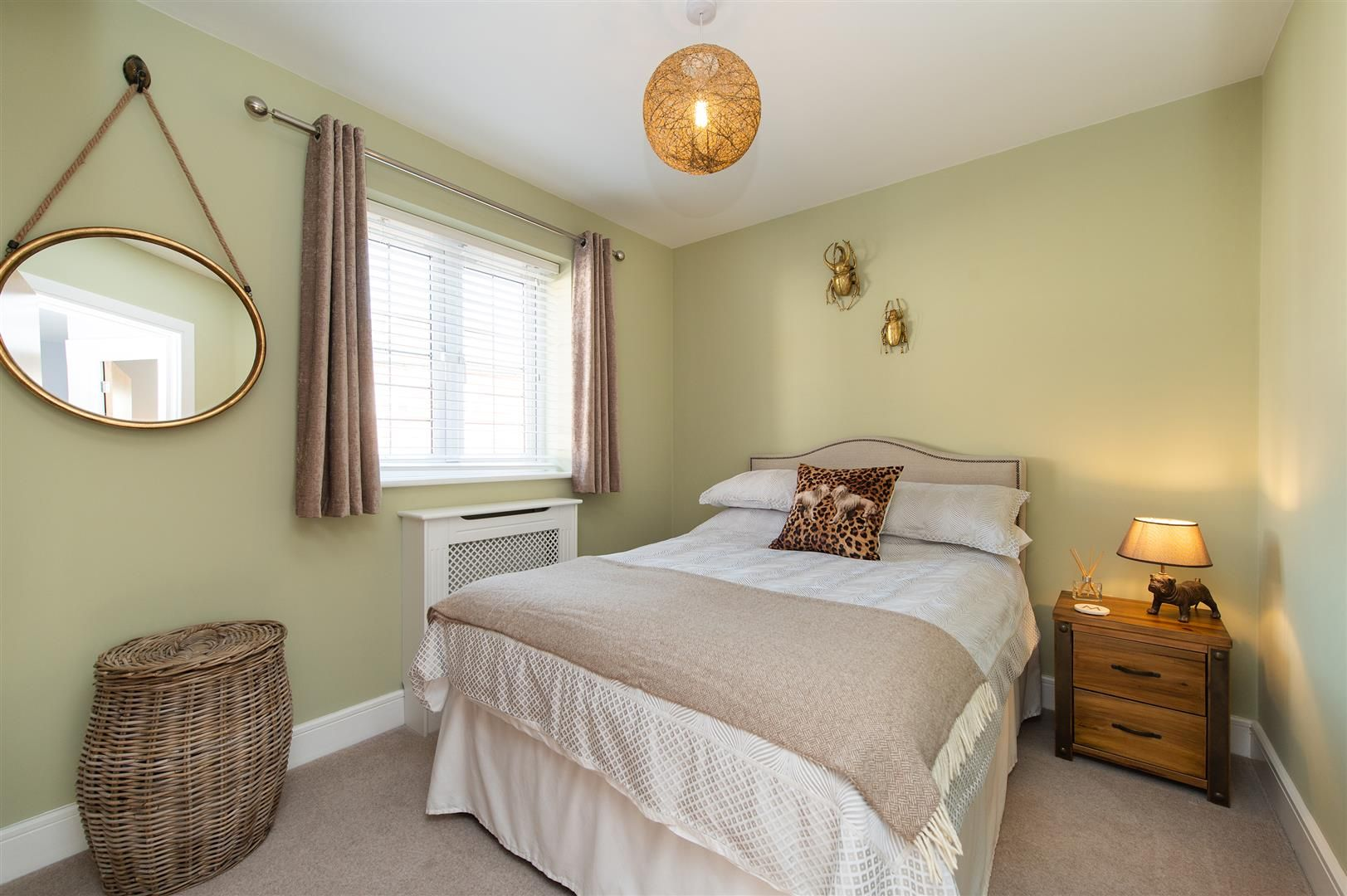 3 bed detached for sale in Hagley 18