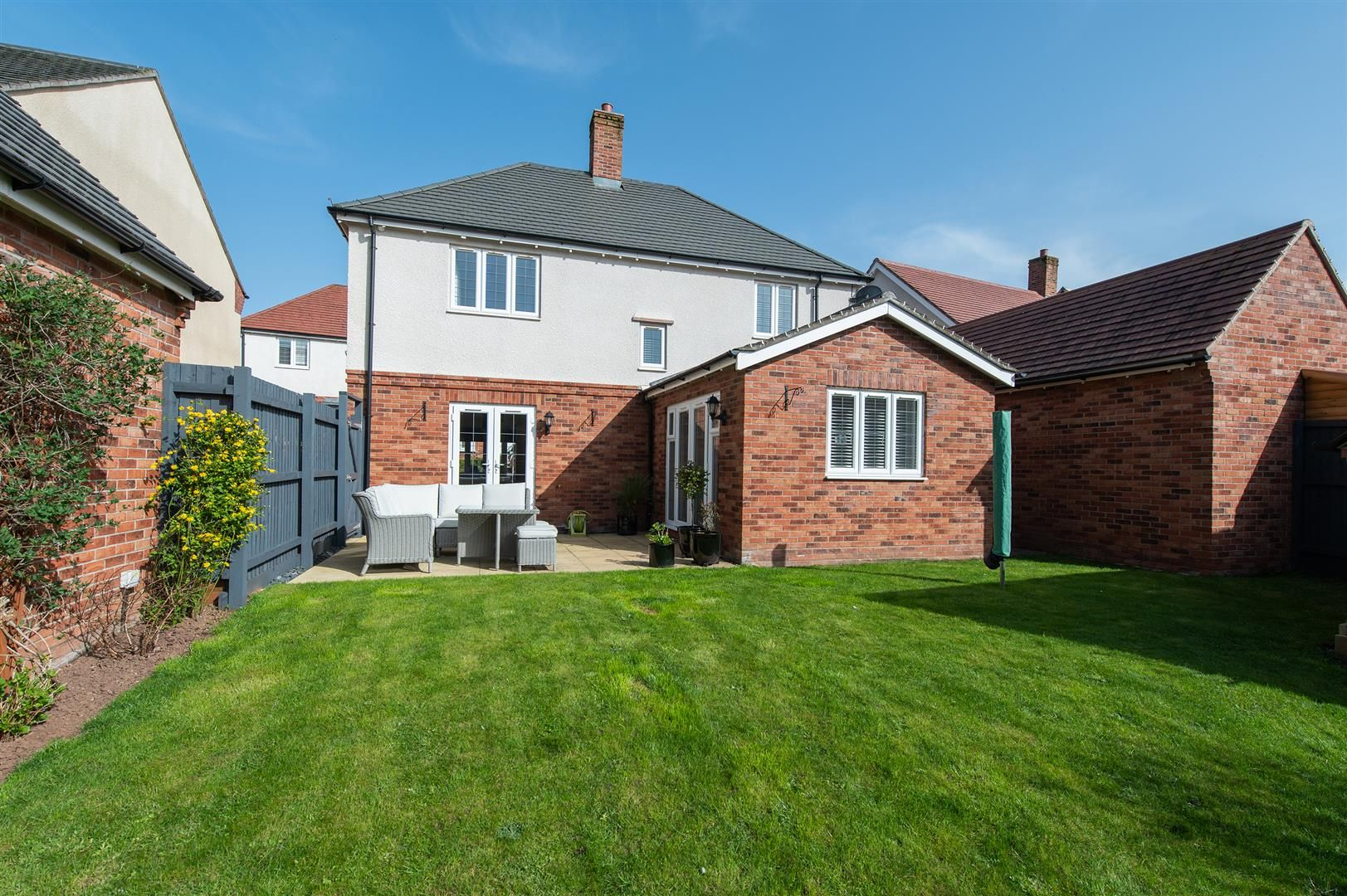 3 bed detached for sale in Hagley 23