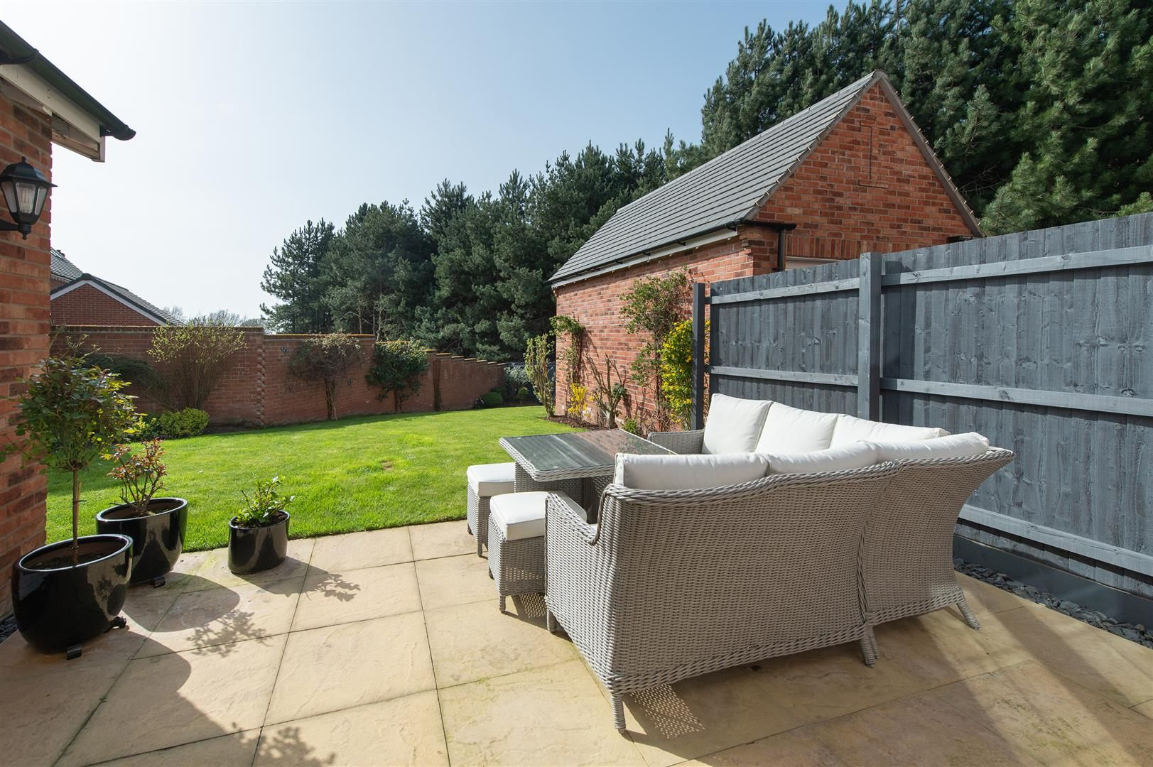 3 bed detached for sale in Hagley 28