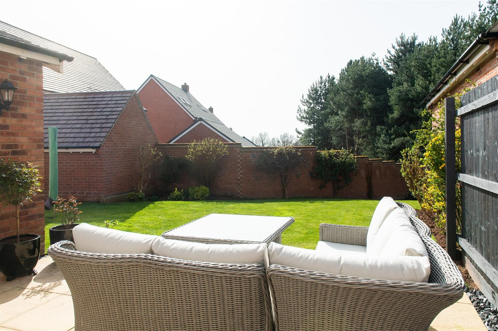 3 bed detached for sale in Hagley 29