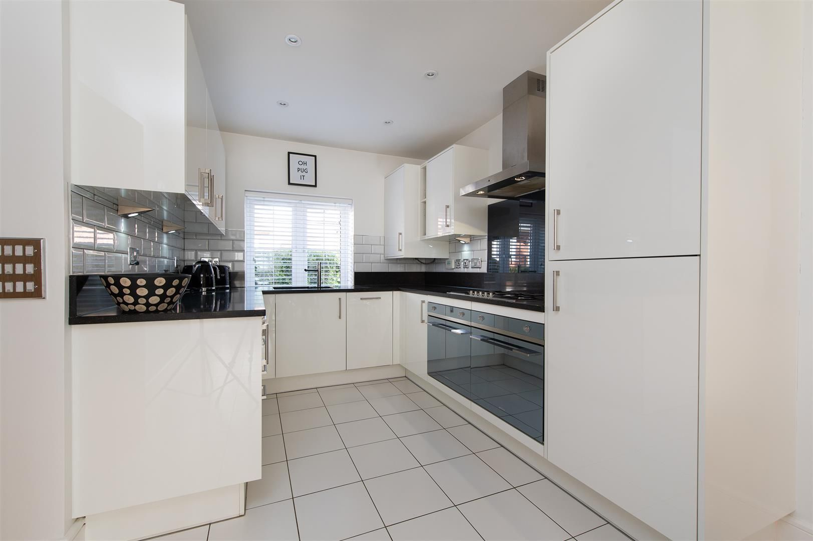 3 bed detached for sale in Hagley 9