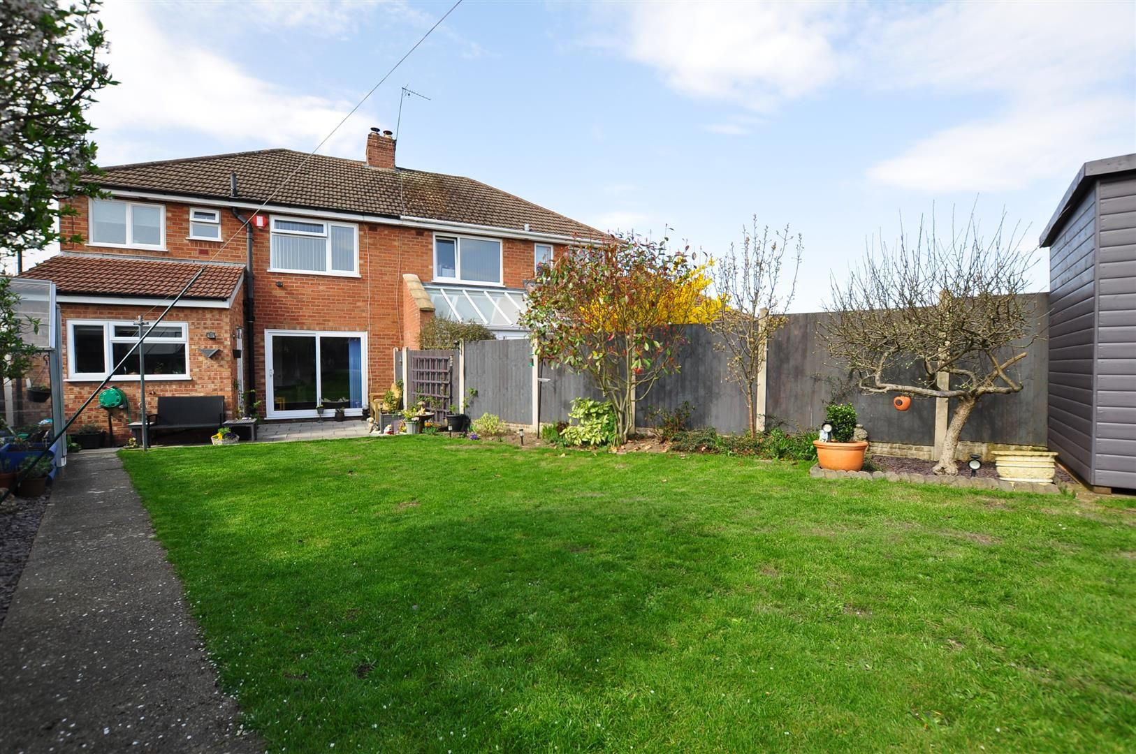 3 bed semi-detached for sale 20