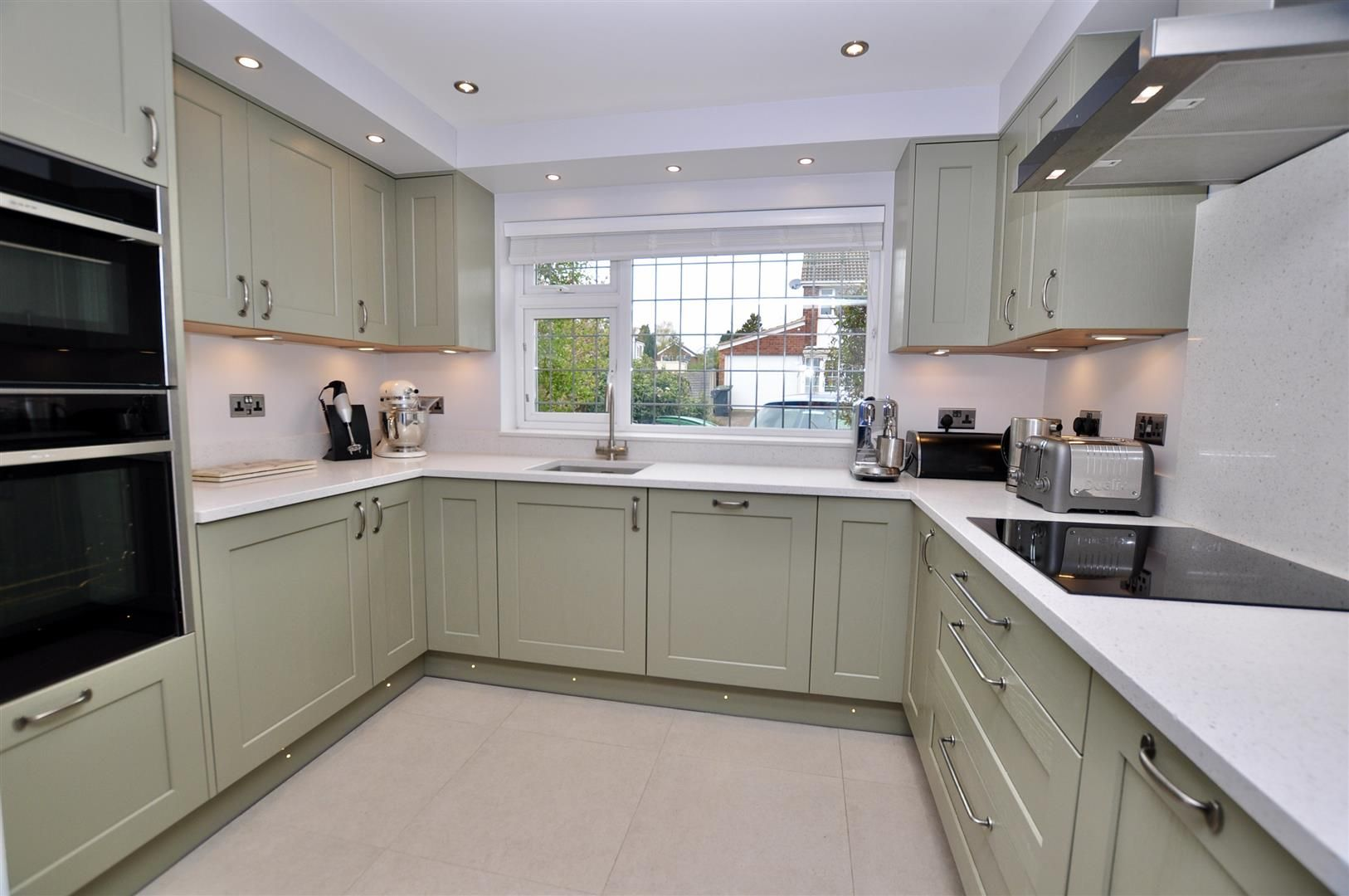 4 bed link-detached-house for sale in Hagley 2