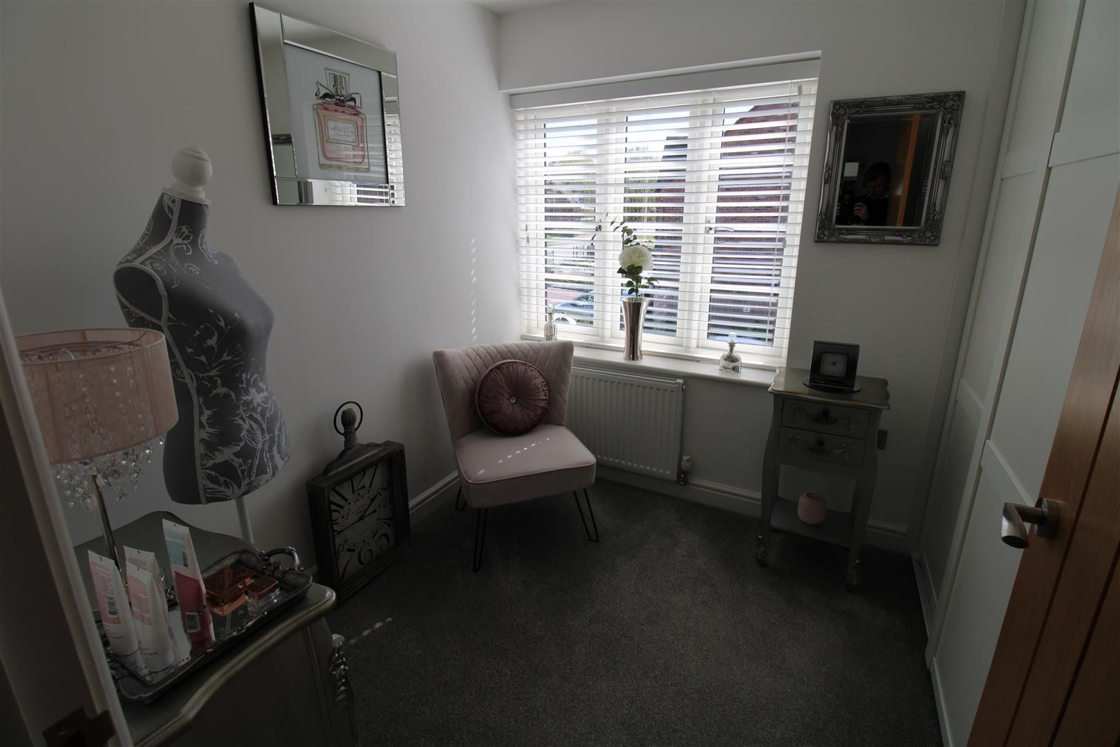 2 bed apartment for sale in Swindon 13
