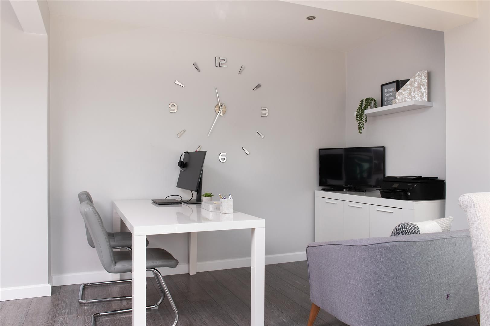 3 bed semi-detached for sale in Hagley 17
