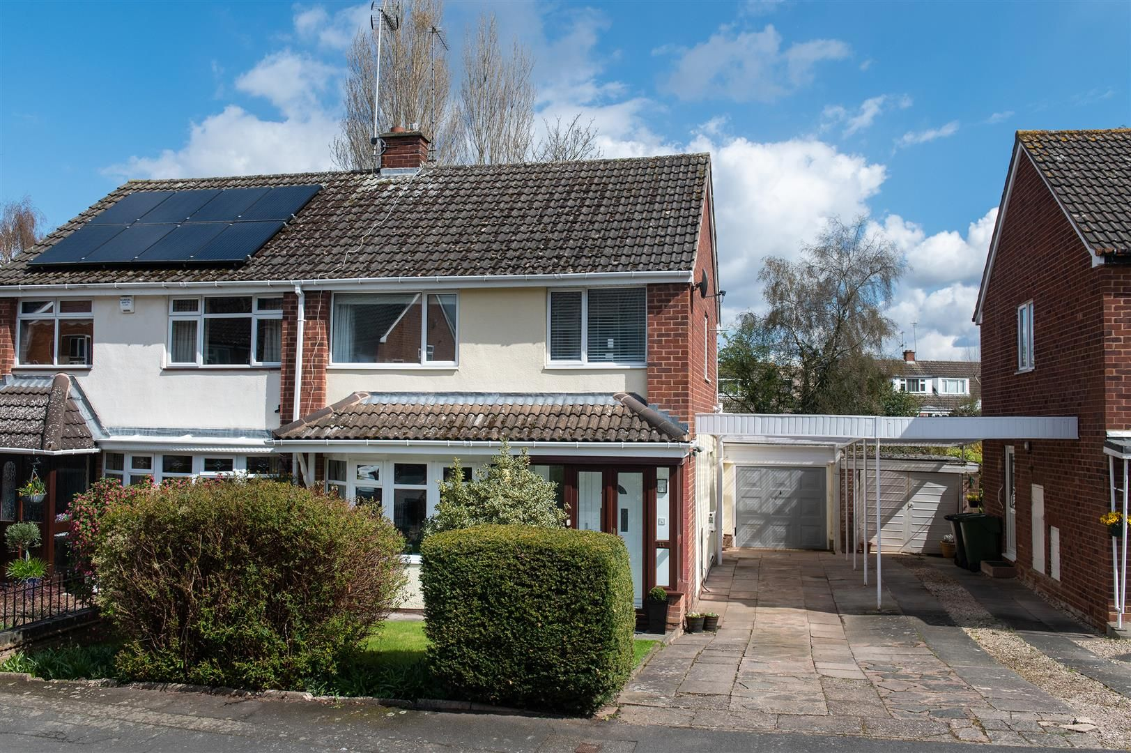 3 bed semi-detached for sale in Hagley 34