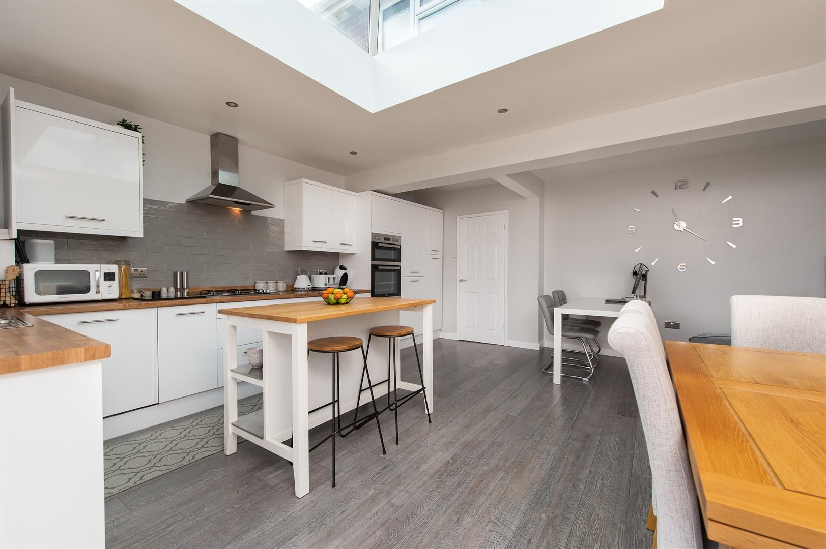 3 bed semi-detached for sale in Hagley 10