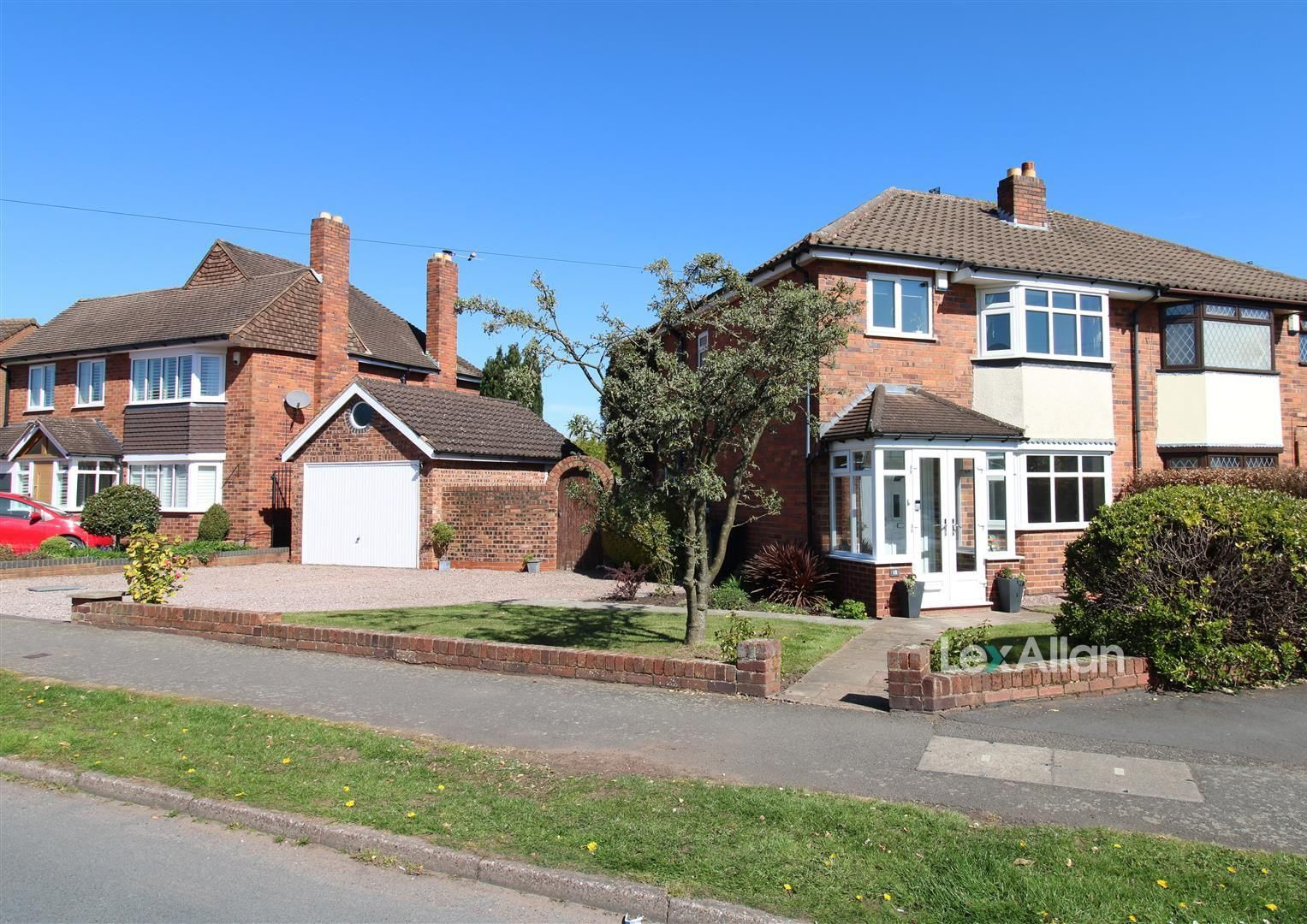3 bed semi-detached for sale in Norton, DY8