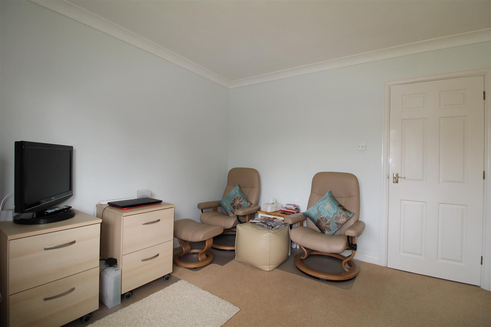 3 bed detached-bungalow for sale in Kinver 23