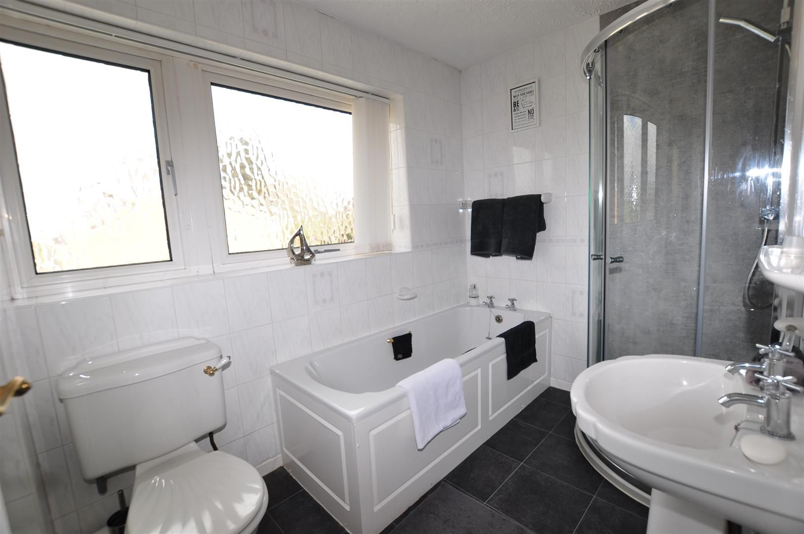 3 bed house for sale in Hagley 12