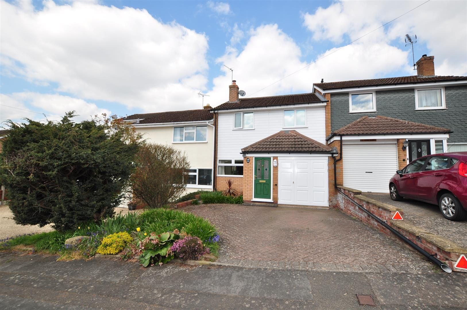 3 bed house for sale in Hagley 15