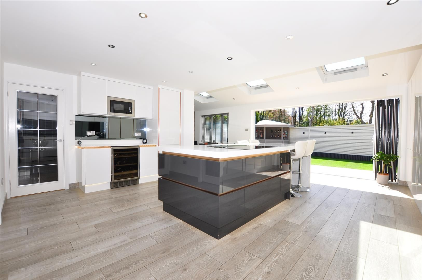 5 bed detached for sale 2