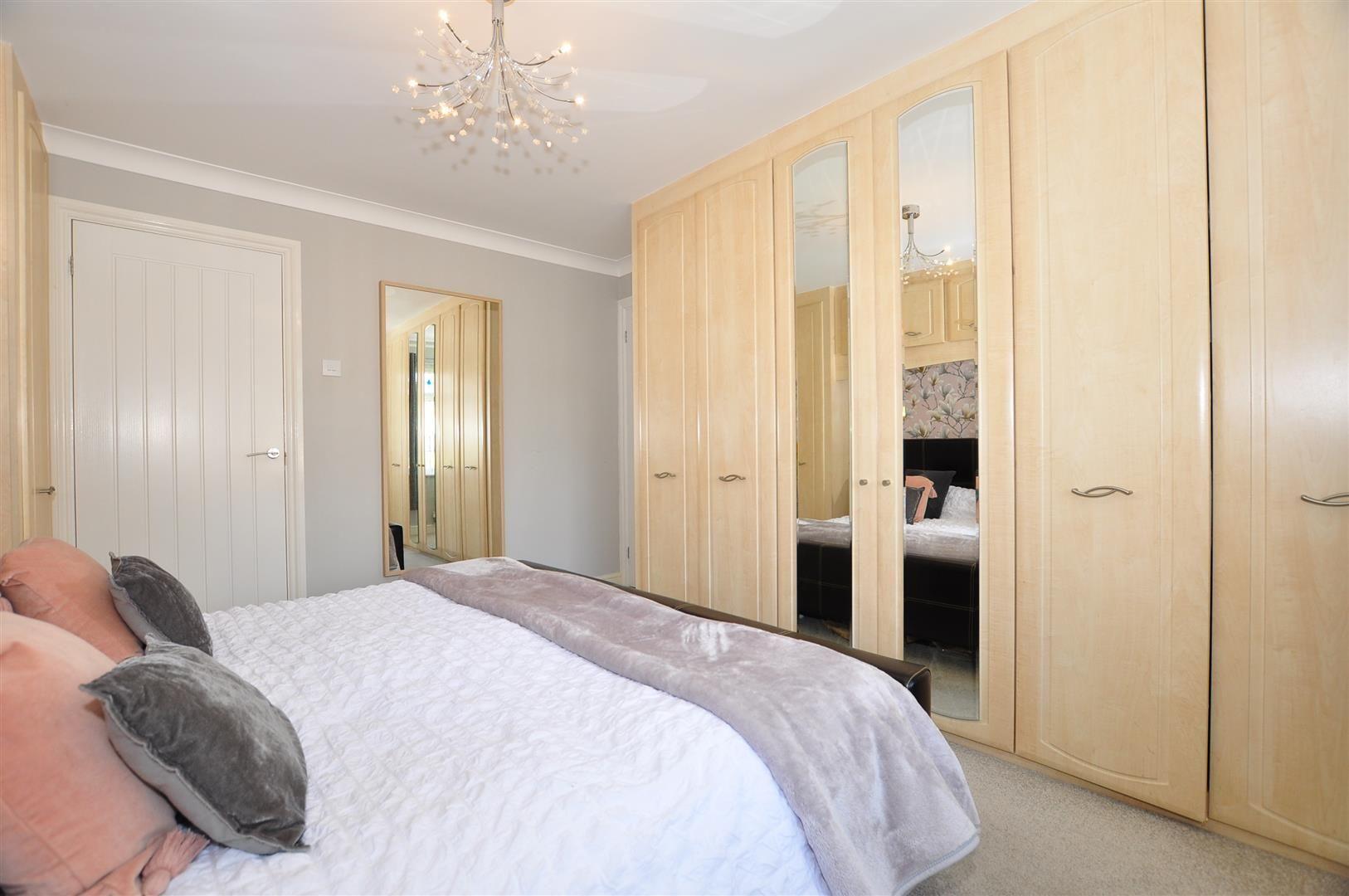 5 bed detached for sale  - Property Image 13