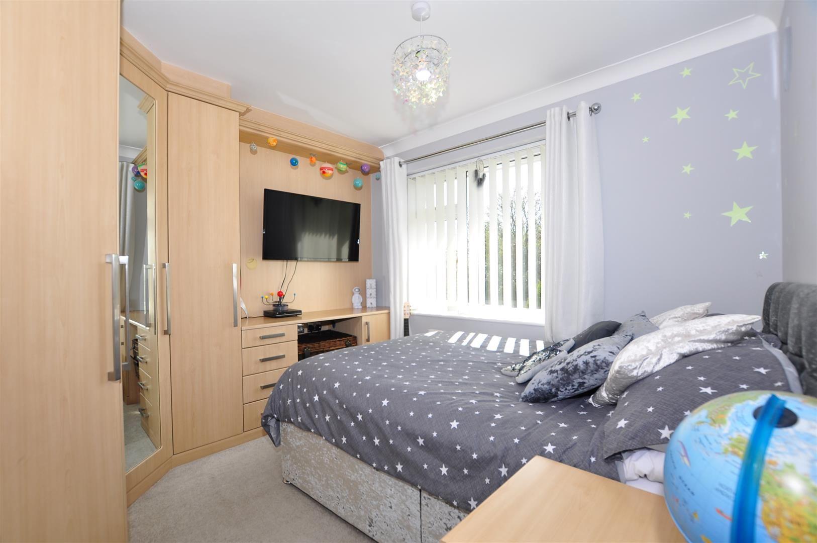 5 bed detached for sale  - Property Image 15