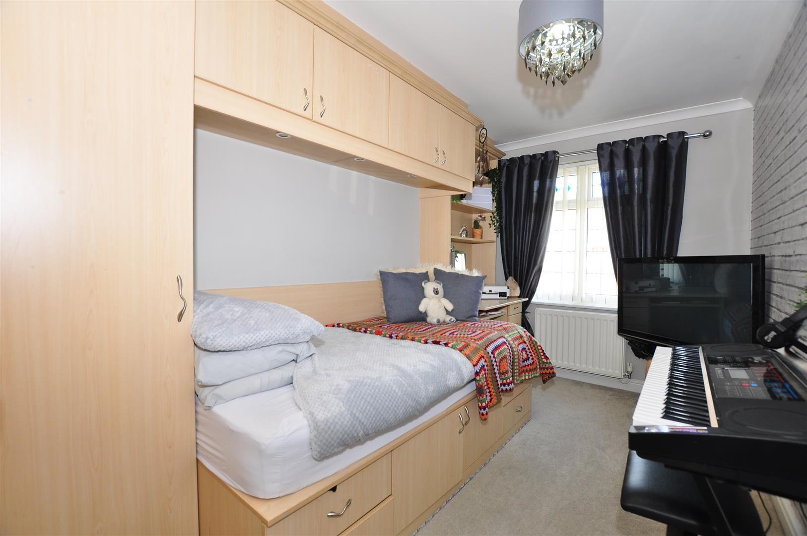 5 bed detached for sale  - Property Image 19