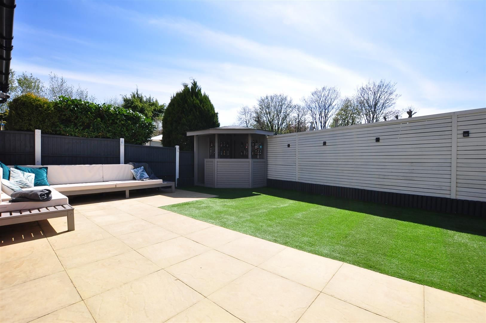 5 bed detached for sale 23