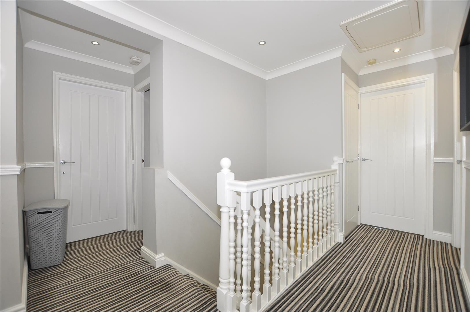 5 bed detached for sale  - Property Image 9