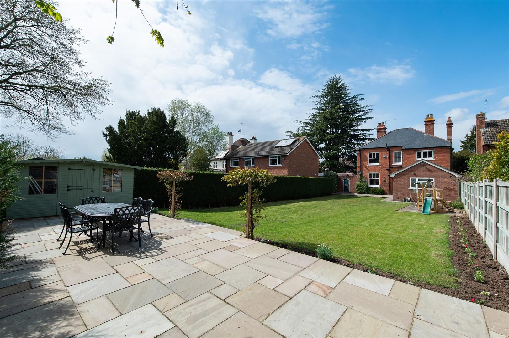 4 bed detached for sale in Hagley 35