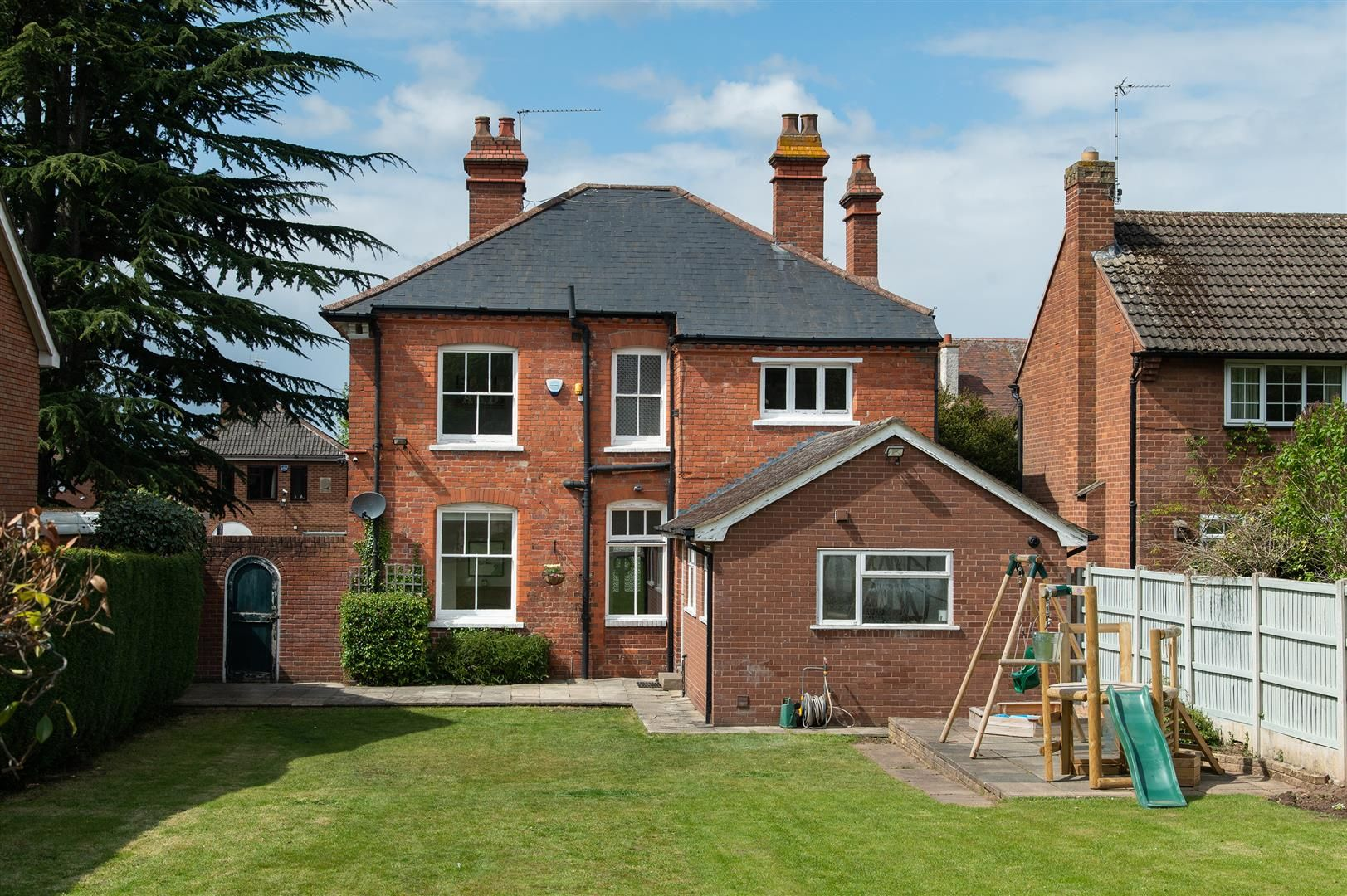 4 bed detached for sale in Hagley 36