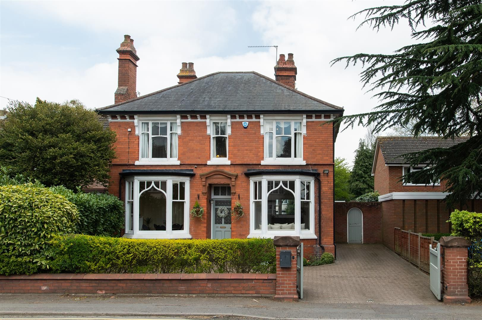 4 bed detached for sale in Hagley 37