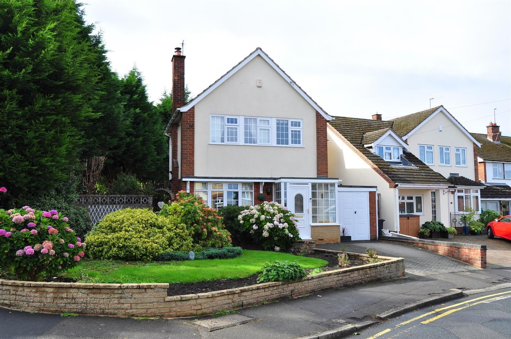3 bed detached for sale 21