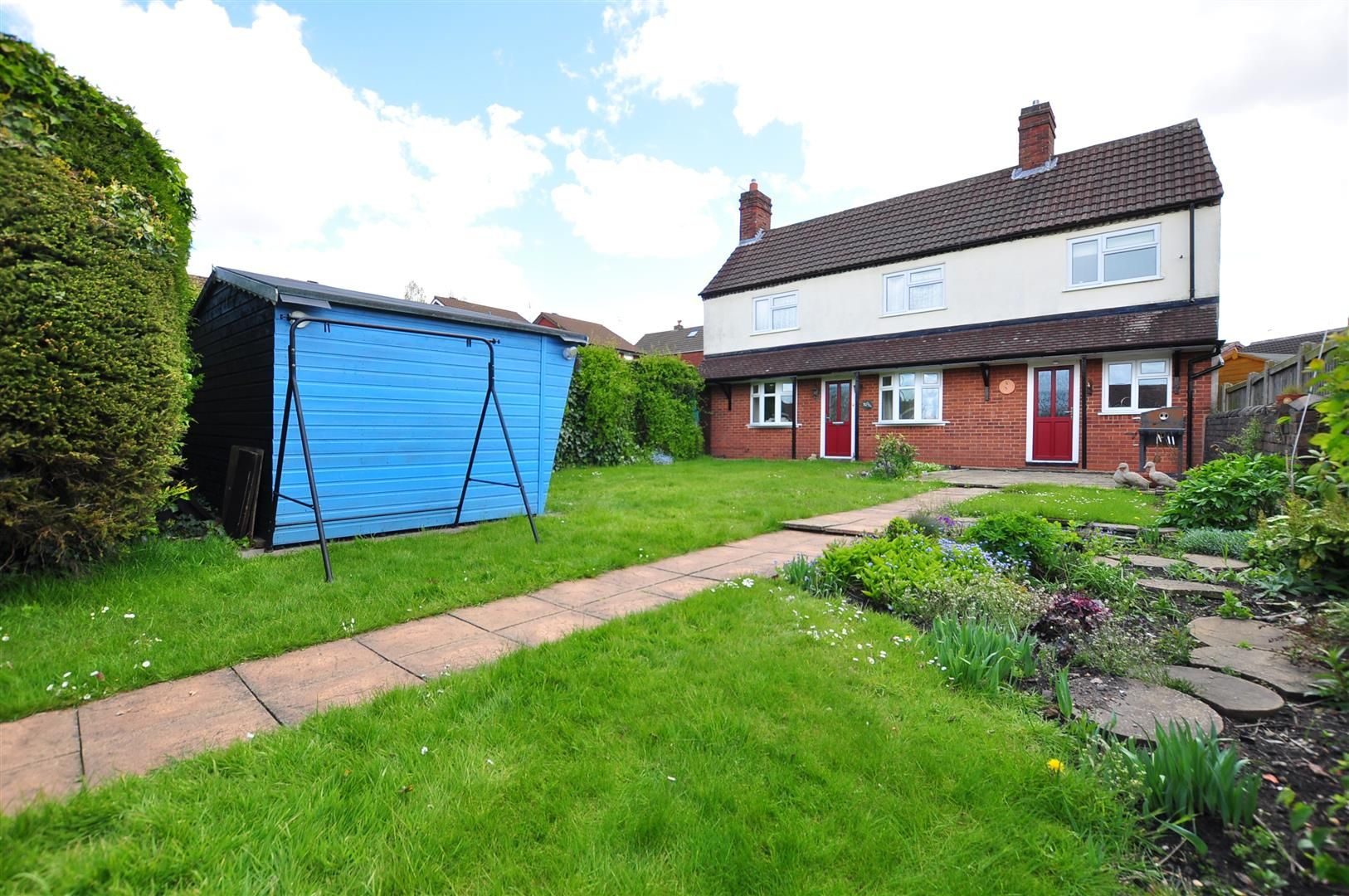 2 bed detached for sale 14
