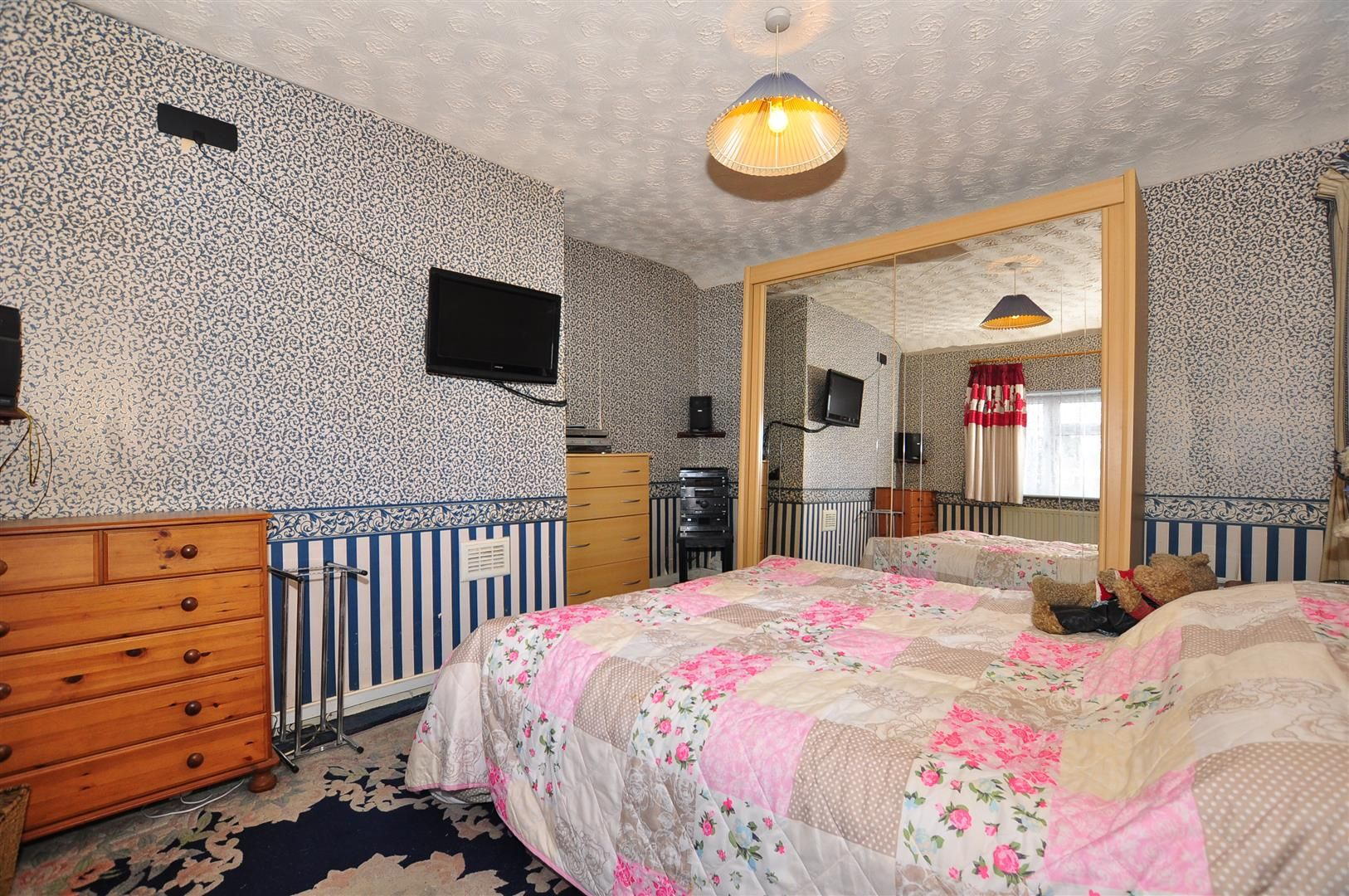 2 bed detached for sale 9