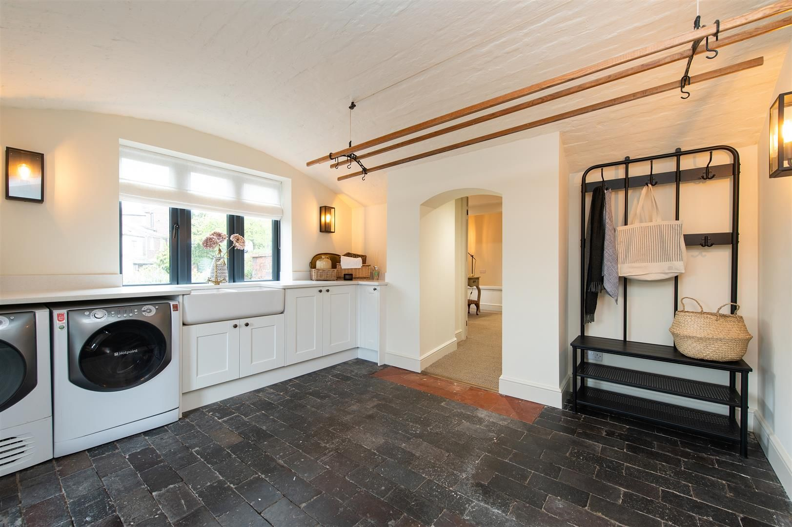 4 bed house for sale in Kinver 12