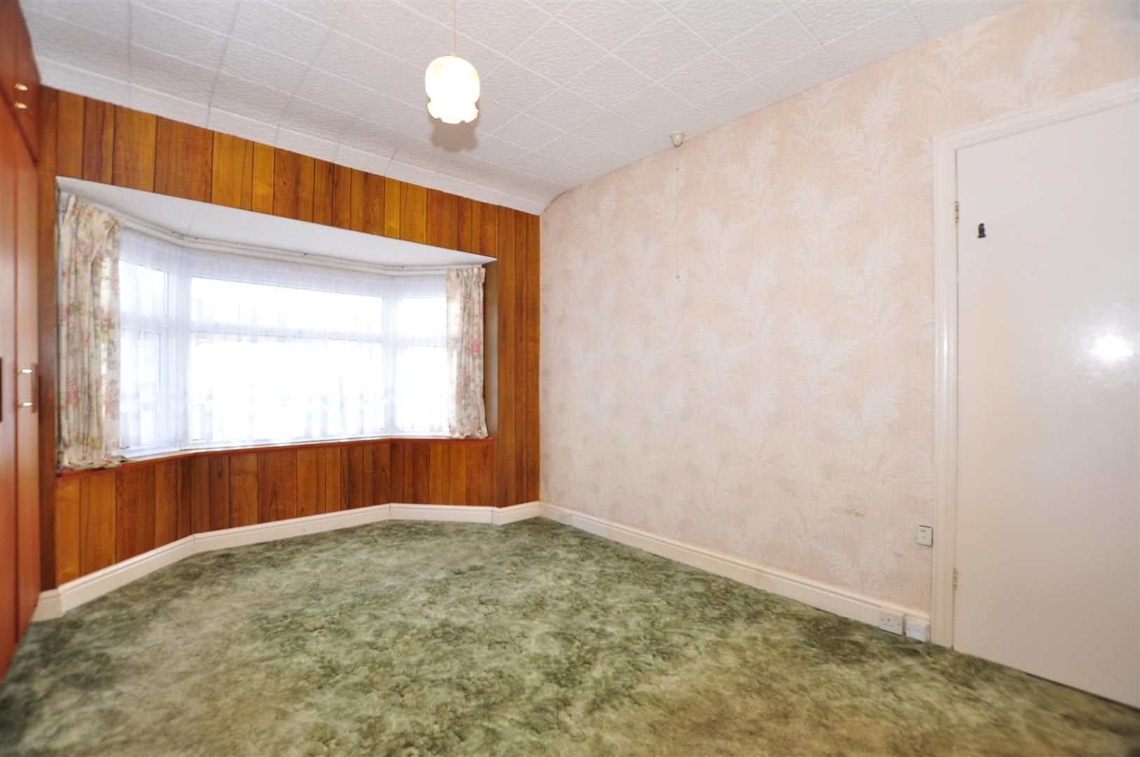 3 bed semi-detached for sale  - Property Image 12