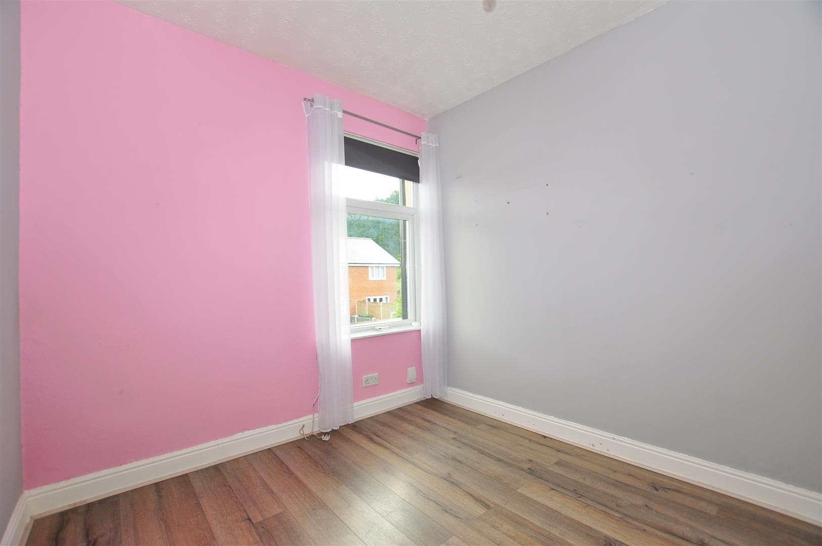 2 bed terraced for sale 8