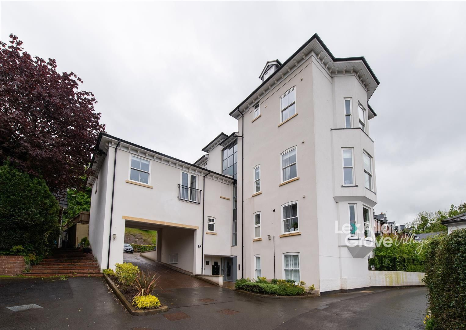 2 bed apartment for sale in Clent, DY9