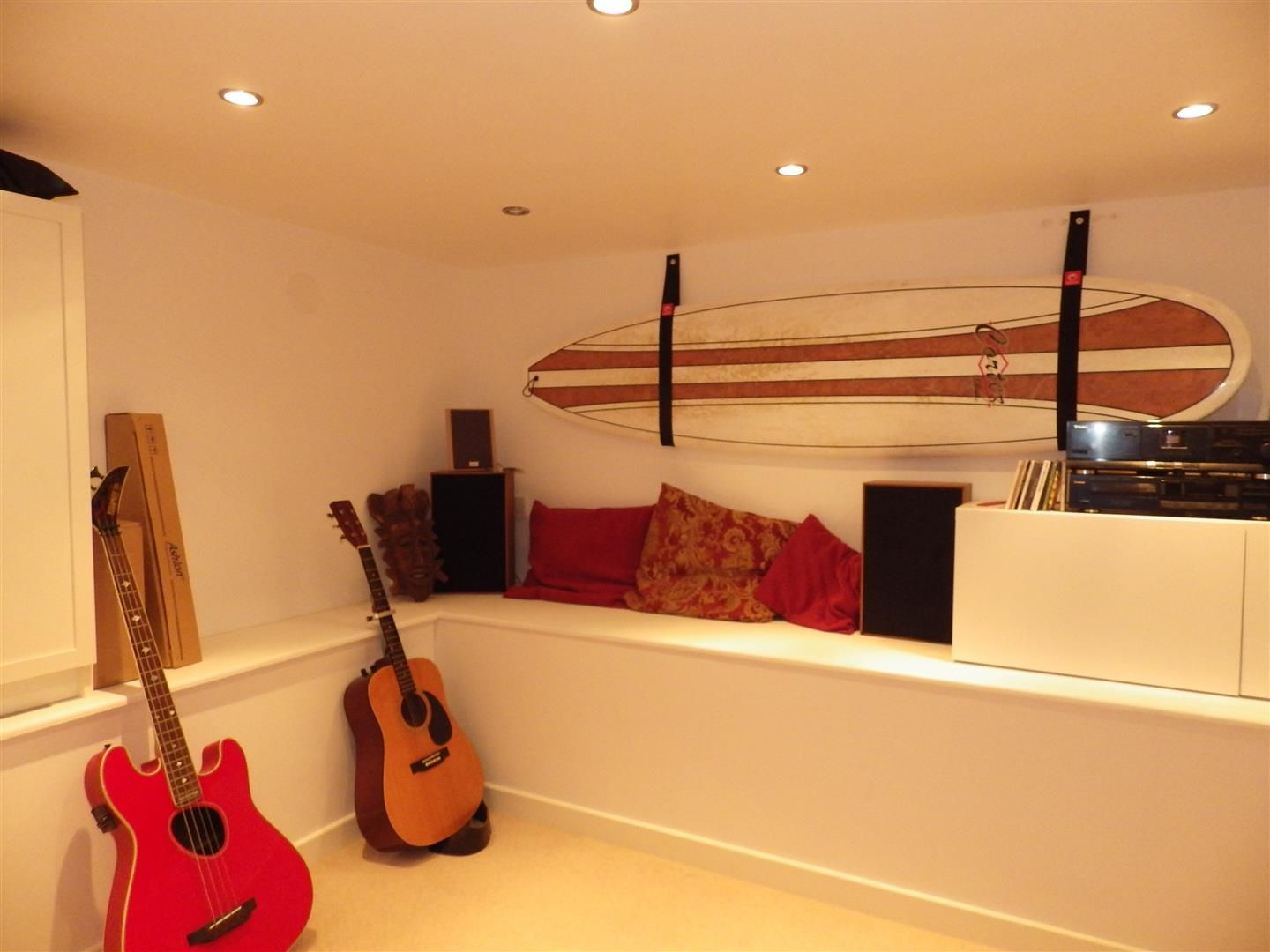2 bed terraced for sale in Oldswinford 8