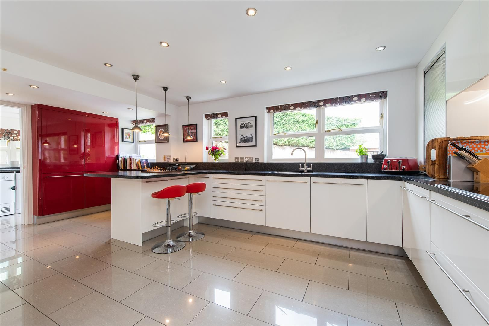 5 bed house for sale in Hagley 12