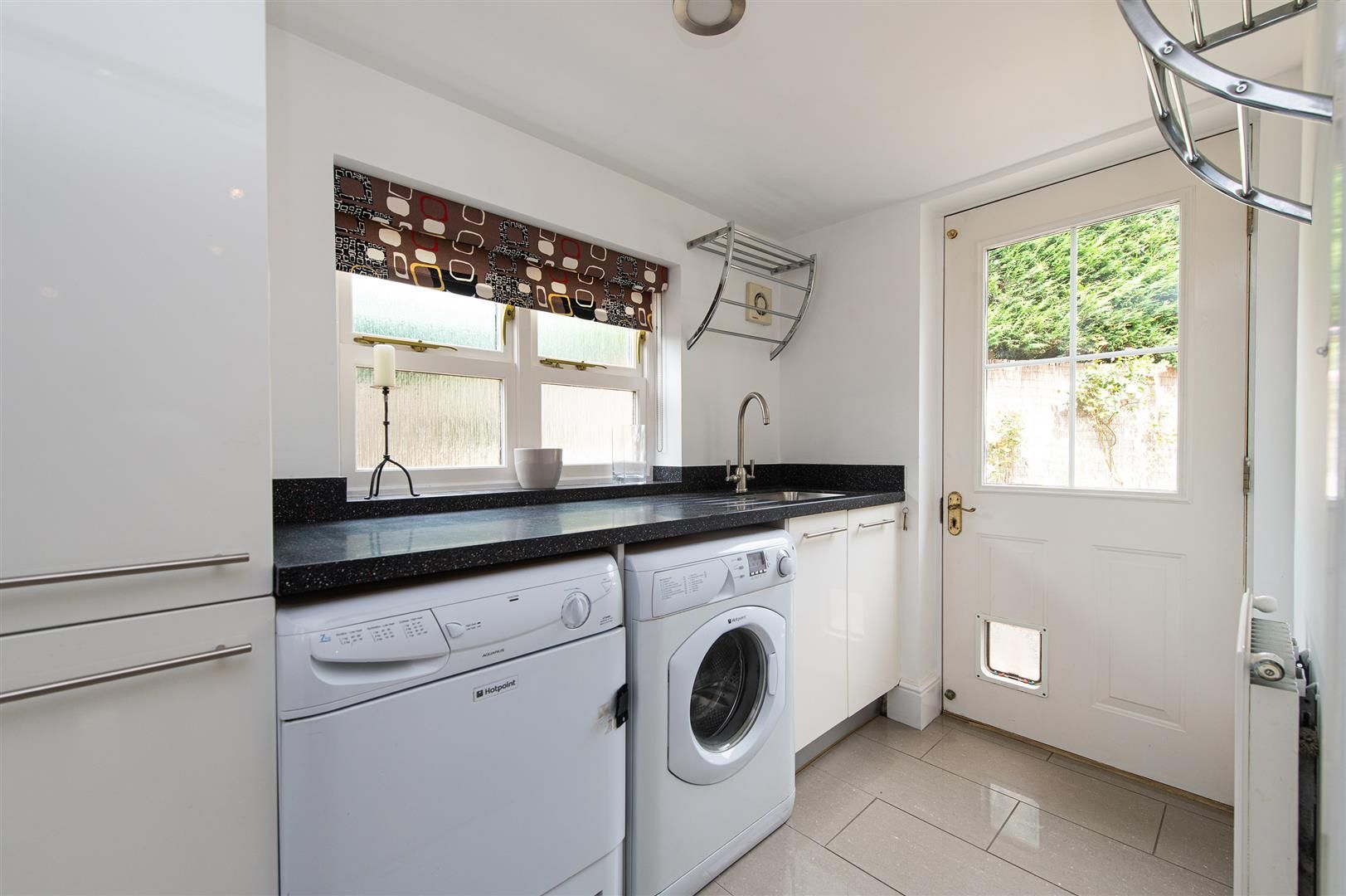 5 bed house for sale in Hagley 15