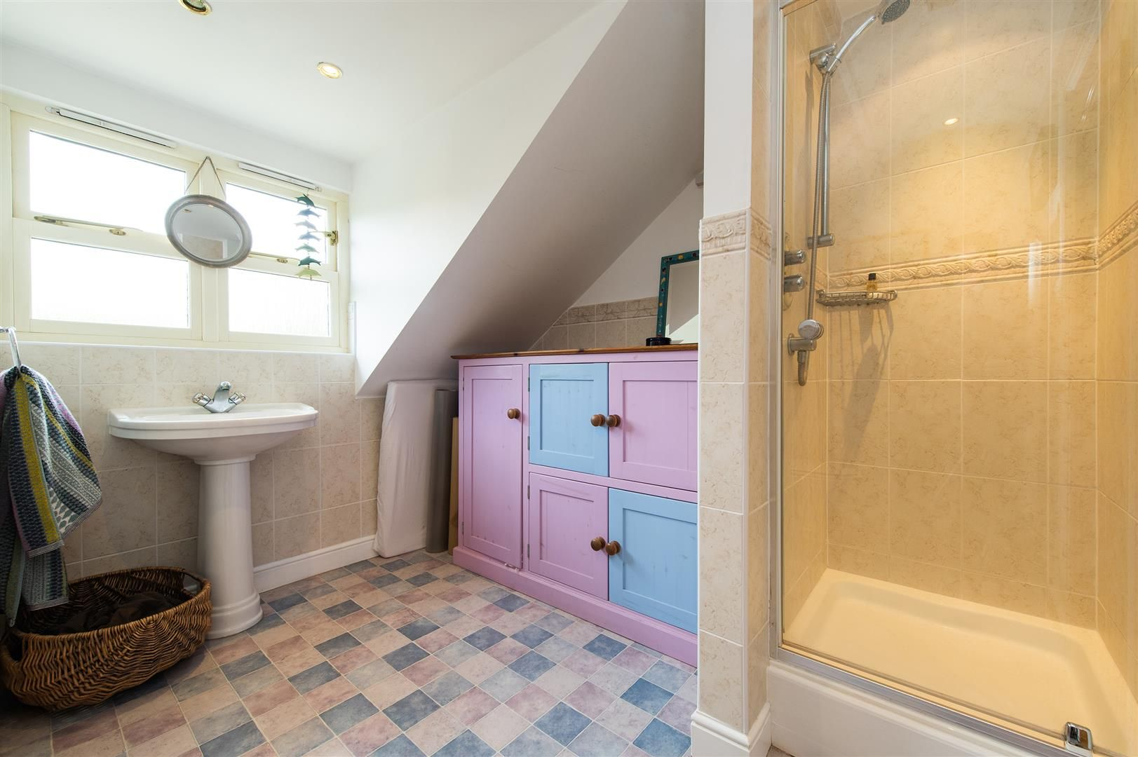 5 bed house for sale in Hagley 18