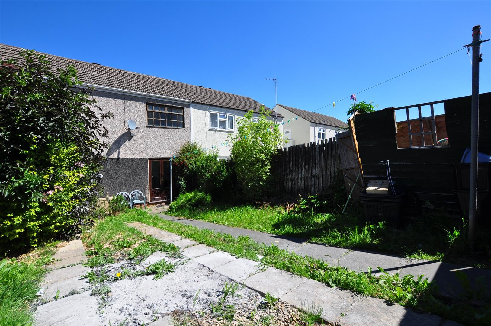 3 bed terraced for sale 18